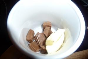 Mug Cake à la pralinoise - Le plaisir des feignasses