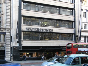 waterstones-piccadilly-01