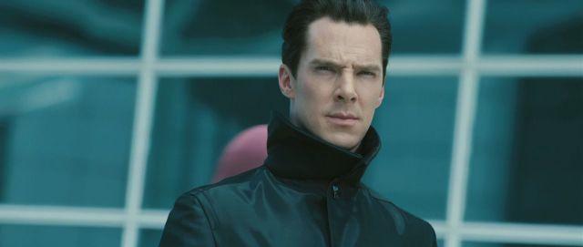 Que donne la voix de Benedict en VO? C'est bien simple: AZERTYFGHNLCMSJFSZI.