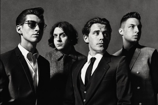 De g. à d.: Alex Turner, Nick O'Malley, Jamie Cook et Matt Helders.