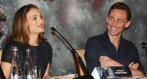 Natalie et Tom rigolent bien...