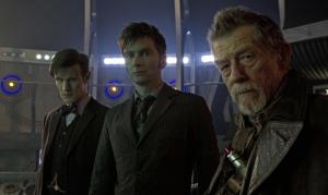 Trois docteurs, un même air grave