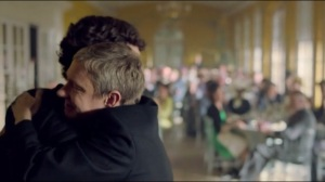 Non Sherlock, je ne te lâcherai pas tant que tu ne me promets pas de revenir très vite!
